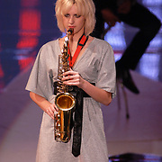 NLD/Hilversum/20070518 - Finale SBS6 So you wannabe a Popstar 2007, saxofoniste