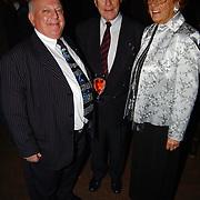 Harpengala 2004, Bas van Toor, Eddy Christiani en partner Hella van Nunen - Faassen