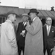 17/05/1961<br /> 05/17/1961<br /> 17 May 1961<br /> Horse trainer Vincent O'Brien (left) at the Leopardstown Races, Dublin.