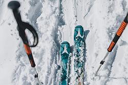 THEMENBILD - Skitouren Ski und Stöcke auf einer Schneefläche, aufgenommen am 27. Februar 2020 in Kaprun, Oesterreich // Ski touring Ski and poles on a snow surface, in Kaprun, Austria on 2020/02/27. EXPA Pictures © 2020, PhotoCredit: EXPA/Stefanie Oberhauser