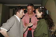 JOE MCKENNA, GILES DEACON AND KATIE GRAND, Luella Bartley Dinner, Nobu, Berkeley St. 16 May 2006. ONE TIME USE ONLY - DO NOT ARCHIVE  © Copyright Photograph by Dafydd Jones 66 Stockwell Park Rd. London SW9 0DA Tel 020 7733 0108 www.dafjones.com