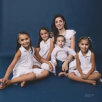 Ari Valentino y Familia
