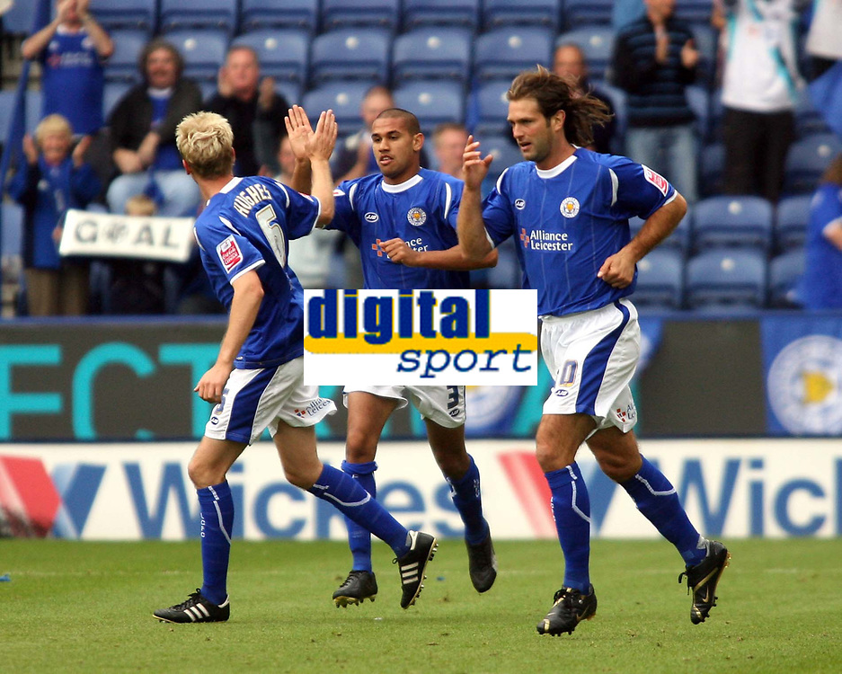 Photo: Chris Ratcliffe.<br />Leicester City v Ipswich Town. Coca Cola Championship. 12/08/2006.<br />Patrick Kisnorbo (centre) celebrates putting Leicester into a 1-0 lead.