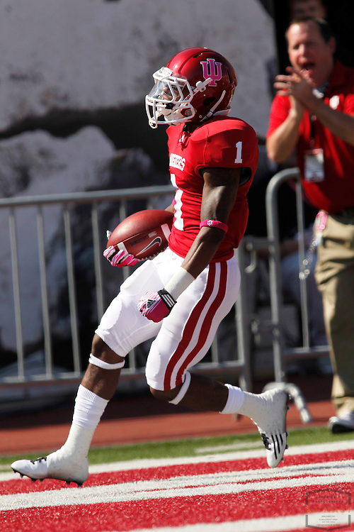 08 October 2011: Indiana Hoosiers wide receiver Shane Wynn (1) as the Illinois Fighting Illini  played the Indiana Hoosiers in a college football game in Bloomington, Ind.
