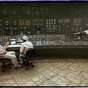 05-03-1996-Oekraine, Tsjernobyl. De kerncentrale , hier de controlekamer van reactor  no. 3 .<br />Foto: Sake Elzinga/Hollandse Hoogte