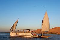 Egypte, Haute Egypte, croisiere sur le Nil entre Louxor et Assouan a bord du Dahabieh Lazuli // Egypt, cruise on the Nile river between Luxor and Aswan with Dahabieh type of boat, the Lazuli