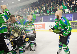 Andrej Tavzelj and other players of Olimpija celebrate after became Slovenian National Champion 2016 after winning during ice hockey match between HDD Telemach Olimpija and HDD SIJ Acroni Jesenice in Final of Slovenian League 2015/16, on April 11, 2016 in Hala Tivoli, Ljubljana, Slovenia. Photo by Vid Ponikvar / Sportida