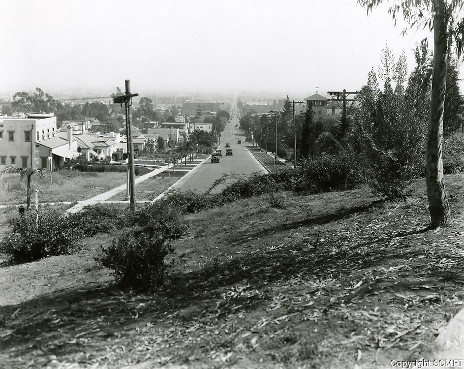 1928 Looking south down Western Ave. from Franklin Ave.