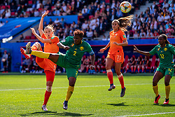 15-06-2019 FRA: Netherlands - Cameroon, Valenciennes<br /> FIFA Women's World Cup France group E match between Netherlands and Cameroon at Stade du Hainaut / Vivianne Miedema #9 of the Netherlands, Desiree van Lunteren #2 of the Netherlands, Lieke Martens #11 of the Netherlands
