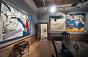 Nederland, Olst en Wijhe, 8-3-2020 Kasteel Nijenhuis, dependence van museum de Fundatie in Zwolle . Naast wisselende exposities in het koetshuis is het kasteel open en is de permanente collectie en het authentieke antieke interieur te bezichtigen . Werk, schilderijen van o.a Jan Cremer . Foto: Flip Franssen