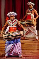 Sri Lanka, province du centre, Kandy, ville classée patrimoine mondial de l'UNESCO, spectacle de danse Kandyenne // Sri Lanka, Ceylon, North Central Province, Kandy, UNESCO World Heritage city, Kandyan danse show