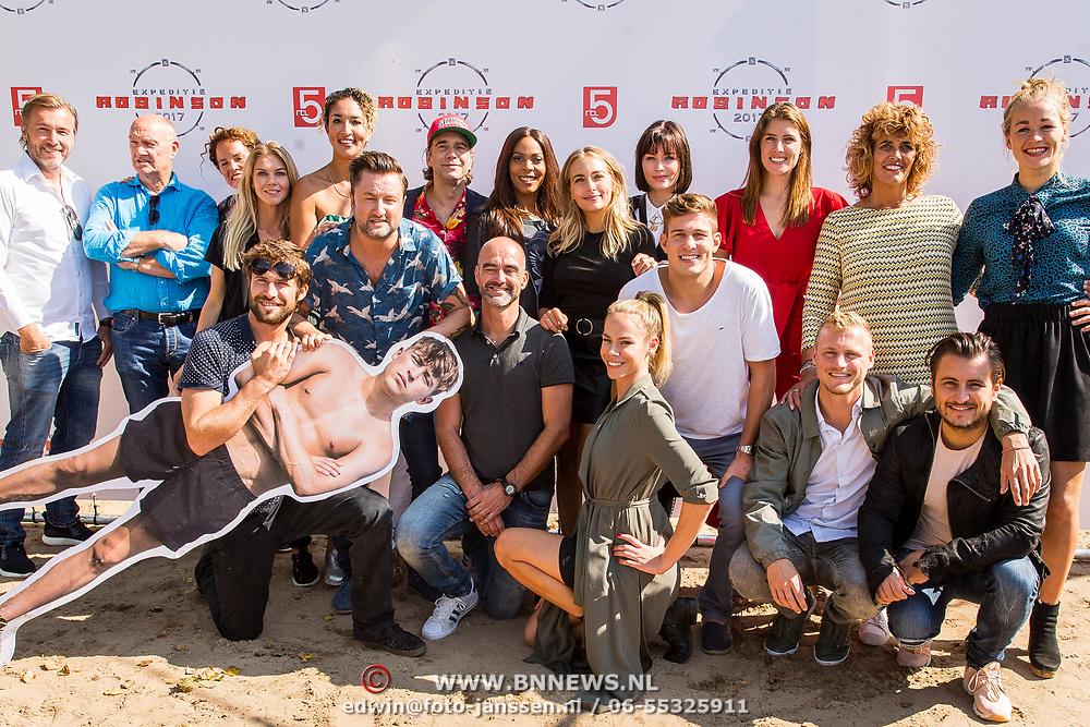 NLD/Maurik/20170904 - Deelnemers Expeditie Robinson 2017, alle deelnemers, groepsfoto