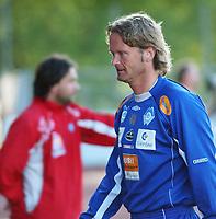 Trener Ivar Morten Normark, Aalesund.<br /> <br /> Fotball: Kongsvinger - Aalesund 2-2 (5-2 e. straffer). NM 2004 herrer, 3. runde. 8. juni 2004. (Foto: Peter Tubaas/Digitalsport.