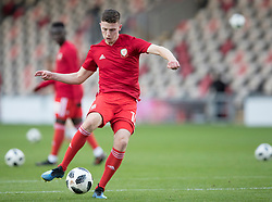 NEWPORT, WALES - Tuesday, October 16, 2018: Wales' Nathan Broadhead warms up ahead of the UEFA Under-21 Championship Italy 2019 Qualifying Group B match between Wales and Switzerland at Rodney Parade. (Pic by Laura Malkin/Propaganda)
