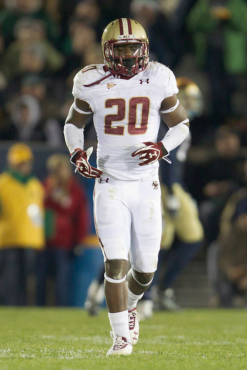 Boston College running back Tahj Kimble (#20) during second quarter of NCAA football game between Notre Dame and Boston College.  The Notre Dame Fighting Irish defeated the Boston College Eagles 16-14 in game at Notre Dame Stadium in South Bend, Indiana.