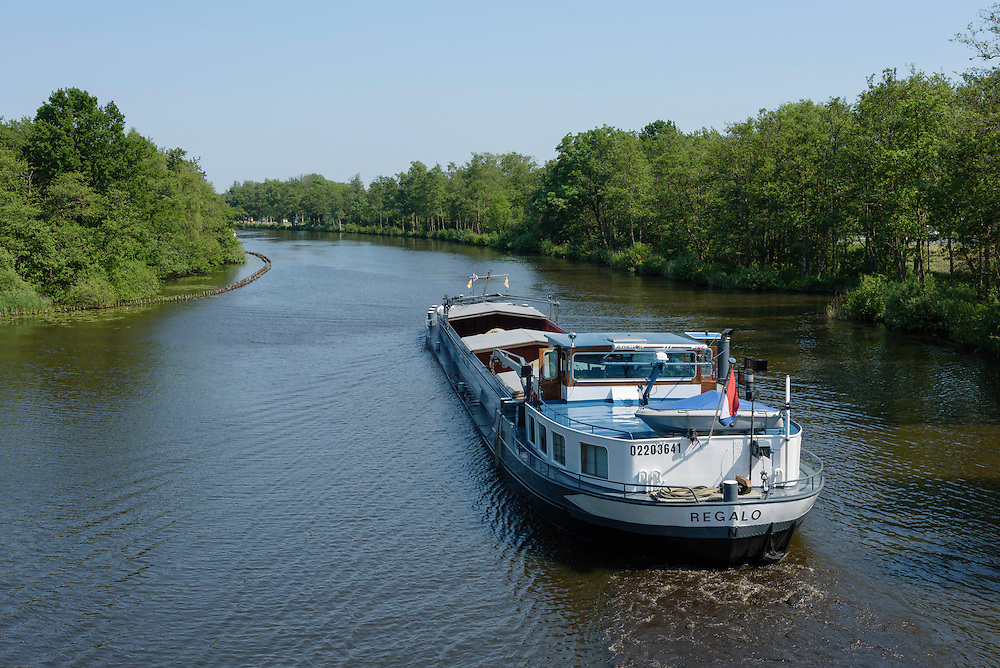 Regalo, cargo vessel, Netherlands, 02203641