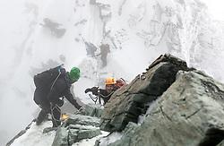 THEMENBILD - Bergsteiger beim Abstieg vom Großglockner. Der Großglockner ist mit 3798 m ü.A. der höchste Berg Österreichs und ein beliebtes Ziel zahlreicher Bergsteiger. Er ist in der Glocknergruppe in den Hohen Tauern. Aufgenommen am 11.10.2014 in Tirol, Österreich // Mountaineers descending from Grossglockner. Grossglockner is the highest mountain of austria and is located in the Hohe Tauern mountain range which is part of the central eastern alps. Tyrol, Austria on 2014/10/11. EXPA Pictures © 2014, PhotoCredit: EXPA/ Michael Gruber