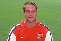 Matthew Upson (20), Arsenal Photocall, Highbury Stadium, 11/8/00. Credit: Colorsport / Stuart MacFarlane.