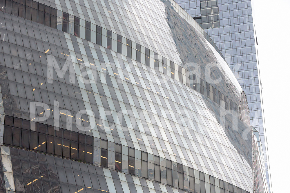The State of Illinois Thompson Center in Chicago on Wednesday, Aug. 5, 2020. Photo by Mark Black