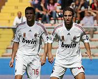 Fotball<br /> Italia<br /> 14.09.2008<br /> Foto: Inside/Digitalsport<br /> NORWAY ONLY<br /> <br /> Andriy Shevchenko e Mathieu Flamini (Milan)<br /> <br /> Campionato Italiano Serie A 2008/2009<br /> Genoa v Milan (2-0)