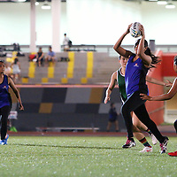 Republic Poly (green) beat ITE 8-0 to win their opening game of the POL-ITE Touch Football Championship. (Photo © Les Tan/Red Sports)