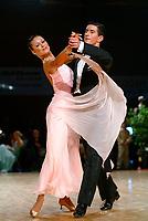 Drammen 0604203 NM i Dans i Konnerudhallen. Standarddanser. Monika Nydal Adolfsen og Eirik Nydal Adolfsen<br /> <br /> Foto:Digitalsport