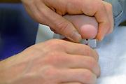Nederland, Nijmegen, 24-2-2013Van een kind wordt bloed afgenomen via de hiel.Foto: Flip Franssen