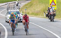 06.07.2017, Kitzbühel, AUT, Ö-Tour, Österreich Radrundfahrt 2017, 4. Etappe von Salzburg - Kitzbüheler Horn (82,7 km/BAK), im Bild Elia Viviani (ITA, Nationale Italiana), Loic Chetout (FRA, Cofidis Solutions Credits) // Elia Viviani (ITA, Nationale Italiana), Loic Chetout (FRA, Cofidis Solutions Credits) during the 4th stage from Salzburg - Kitzbueheler Horn (82,7 km/BAK) of 2017 Tour of Austria. Kitzbühel, Austria on 2017/07/06. EXPA Pictures © 2017, PhotoCredit: EXPA/ JFK