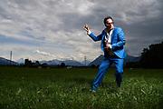 Peschae Mueller ist einer der bekanntesten Elvis-Imitatoren der Schweiz. © Adrian Moser