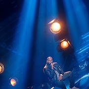 NLD/Hilversum/20131107- The Voice of Holland 1e live uitzending, optreden Bylear Sumter