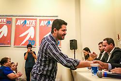 """PORTO ALEGRE, RS, BRASIL, 15-03-2018, 20h22'43"""":  O empresário Rubens Rebés e o advogado Tomaz Schuch são os novos dirigentes do AVANTE, no RS. A posse da direção estadual do partido contou com a presença do Deputado Federal e presidente nacional, Luís Tibê (MG), e ocorreu na noite de quinta-feira (15/3) no Hotel Intercity. AVANTE é um partido político brasileiro, fundado como Partido Trabalhista do Brasil (PTdoB) por dissidentes do Partido Trabalhista Brasileiro (PTB), em 1989. Seu número eleitoral é o 70. O novo nome, criado a partir do desejo das pessoas que lutam por um país que segue em frente, se aproxima ainda mais dos verdadeiros objetivos do partido, alicerçado ao longo de sua história e atrelado aos novos pilares: compromisso, prosperidade, humanidade, coletividade, diálogo, transparência e liberdade. (Foto: Gustavo Roth / Agência Preview) © 15MAR18 Agência Preview - Banco de Imagens"""