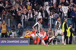 May 9, 2017 - Turin, France - 23 Dani Alves (juv) - 08 Claudio Marchisio (juv) - JOIE (Credit Image: © Panoramic via ZUMA Press)