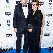 NLD/Hilversum/20190311  - Uitreiking Buma Awards 2019, Joop van de Ende met partner Janine