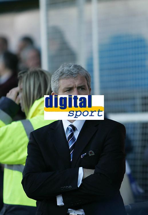 Photo: Lee Earle.<br /> Portsmouth v Blackburn Rovers. The Barclays Premiership. 08/04/2006. Blackburn manager Mark Hughes.