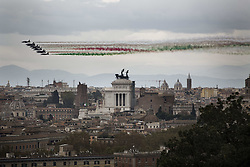 November 4, 2018 - Rome, Lazio, Italy - Air Force aerobatic unit Frecce Tricolori (Tricolor Arrows) spread smoke with the colors of the Italian flag over Rome on the occasion of the 100th anniversary of the end of WWI and Armed Forces Day, on November 4, 2018. (Credit Image: © Christian Minelli/NurPhoto via ZUMA Press)