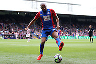 Andros Townsend of Crystal Palace in action. Premier League match, Crystal Palace v Stoke city at Selhurst Park in London on Sunday 18th Sept 2016. pic by John Patrick Fletcher, Andrew Orchard sports photography.