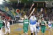 DESCRIZIONE : Avellino Lega A 2015-16 Sidigas Avellino Banco di Sardegna Sassari<br /> GIOCATORE : Giovanni Severini<br /> CATEGORIA : tiro<br /> SQUADRA : Sidigas Avellino <br /> EVENTO : Campionato Lega A 2015-2016 <br /> GARA : Sidigas Avellino Banco di Sardegna Sassari<br /> DATA : 09/11/2015<br /> SPORT : Pallacanestro <br /> AUTORE : Agenzia Ciamillo-Castoria/A. De Lise <br /> Galleria : Lega Basket A 2015-2016 <br /> Fotonotizia : Avellino Lega A 2015-16 Sidigas Avellino Banco di Sardegna Sassari