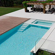 Modern Pool 1148