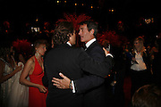 ARPAD BUSSON AND TIM JEFFERIES, Ark Gala Dinner, Marlborough House, London. 5 May 2006. ONE TIME USE ONLY - DO NOT ARCHIVE  © Copyright Photograph by Dafydd Jones 66 Stockwell Park Rd. London SW9 0DA Tel 020 7733 0108 www.dafjones.com