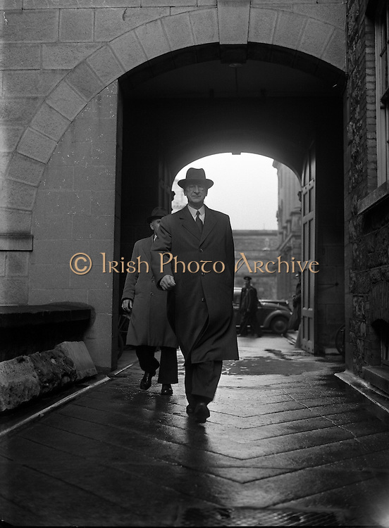 16th Dail Reopens at Leinster House. 20/03/1957
