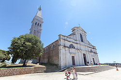 THEMENBILD - URLAUB IN KROATIEN, die Kirche der heiligen Euphemia aufgenommen am 03.07.2014 in Rovinj, Kroatien // the St. Euphemias Basilica in Rovinj, Croatia on 2014/07/03. EXPA Pictures © 2014, PhotoCredit: EXPA/ JFK
