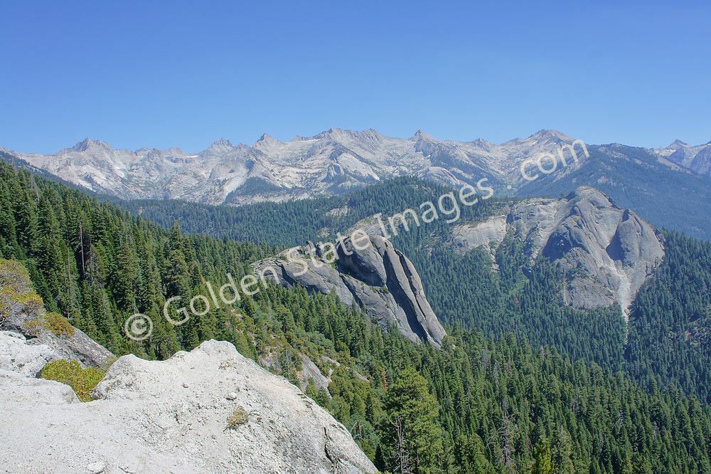 Looking east from the High Sierra Trail.