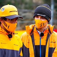 27.08.2020, Circuit de Spa-Francorchamps, Spa-Franchorchamps, FORMULA 1 ROLEX BELGIAN GRAND PRIX 2020<br /> , im Bild<br />Lando Norris (GBR#4), McLaren F1 Team, Carlos Sainz Jr. (SPA#55), McLaren F1 Team<br /> <br /> Foto © nordphoto / Bratic