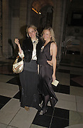 Bay Garnett and Alannah Weston, British Fashion Awards, V. & A. Museum. 2 November 2004. ONE TIME USE ONLY - DO NOT ARCHIVE  © Copyright Photograph by Dafydd Jones 66 Stockwell Park Rd. London SW9 0DA Tel 020 7733 0108 www.dafjones.com