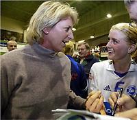 Håndball, 16. november 2003, Semifinale-NM damer, Nordstrand-Våg,  Marit Breivik og Randi Gustad, Nordstrand