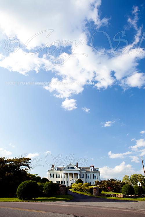Crossways Mansion along Ocean Drive