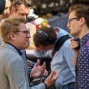 NLD/Den Haag/20180705 - Binnenhof BBQ 2018, Splinter Chabot in gespek met Jaïr Ferwerda