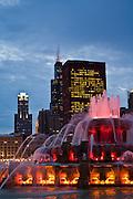 Chicago's Buckingham Fountain at twilight