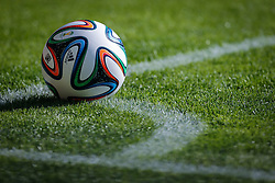Brazuca na partida entre Brasil x Chile, válida pelas oitavas de final da Copa do Mundo 2014, no Estádio Mineirão, em Belo Horizonte. FOTO: Jefferson Bernardes/ Agência Preview