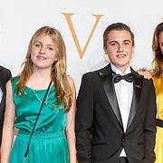 NLD/Katwijk/20151030 - 5 Jarig jubileumvoostelling musical Soldaat van Oranje, Fred Boot met partner en kinderen